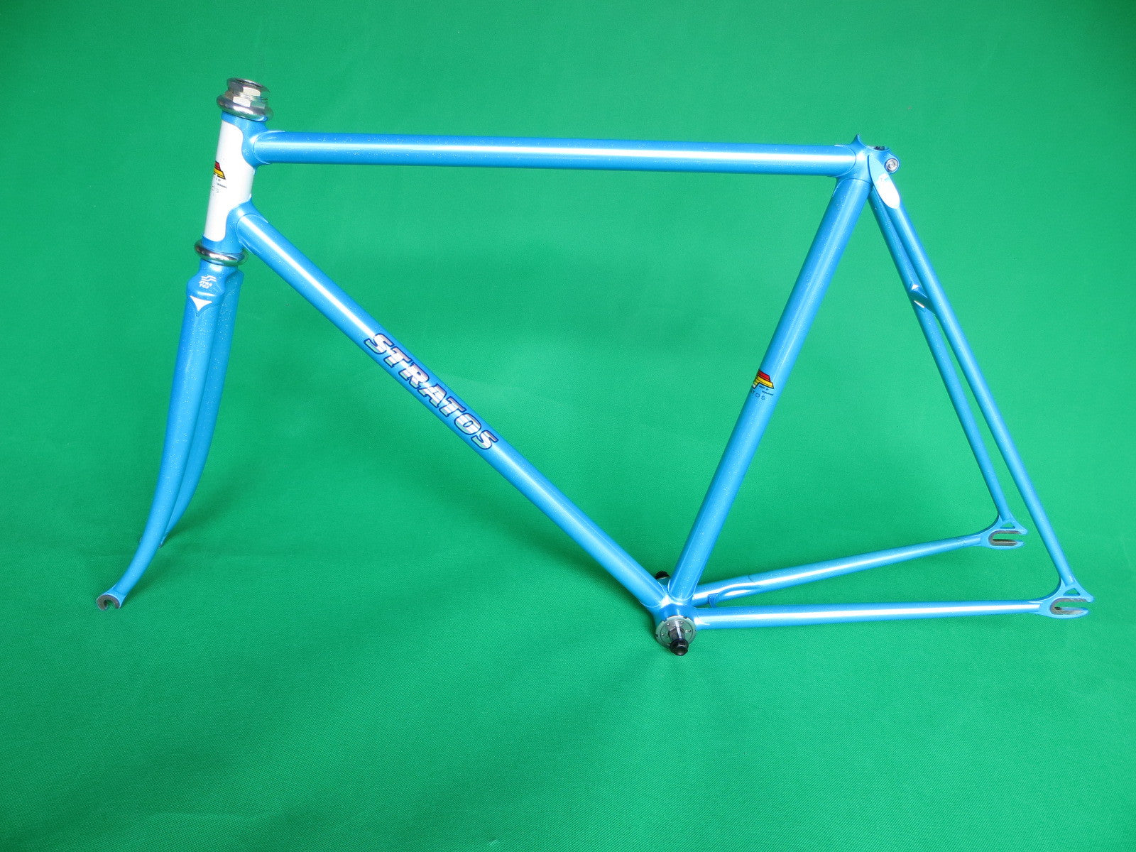 Stratos // Blue & White #3 // 51.5cm