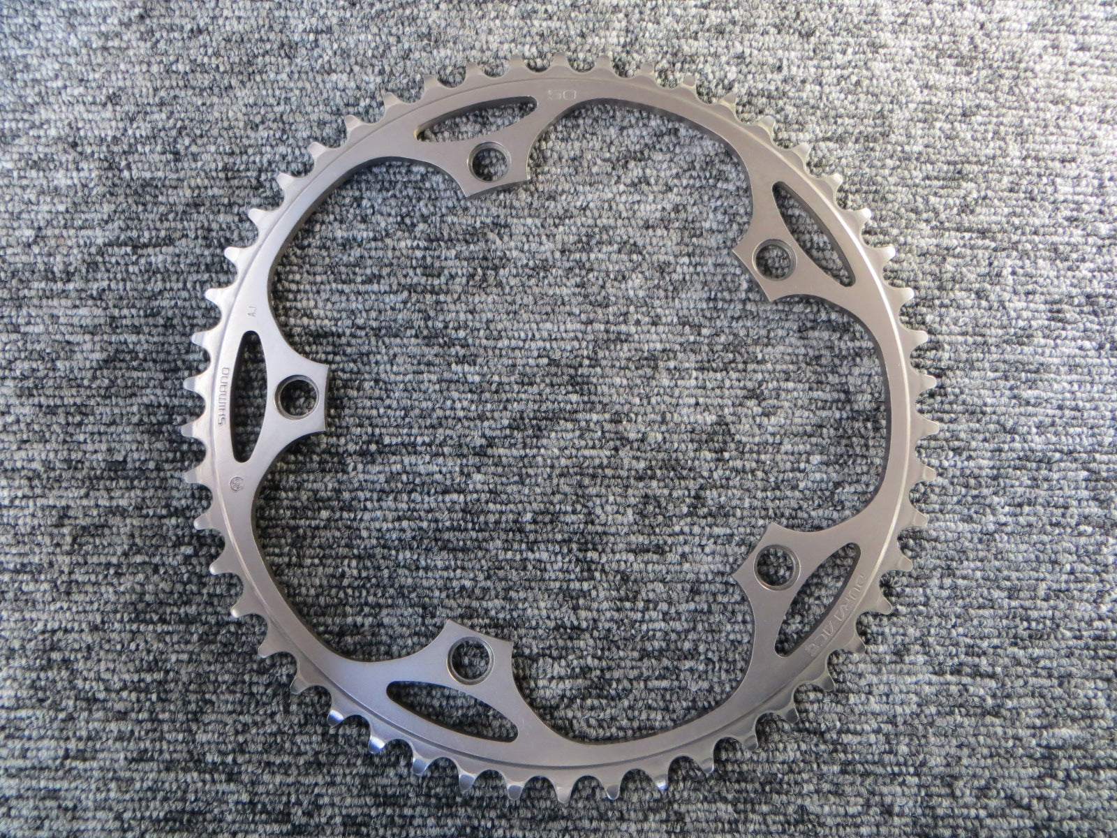 "Shimano Dura Ace FC-7710 1/8"" 144BCD NJS Chainring 50T (18010752)"