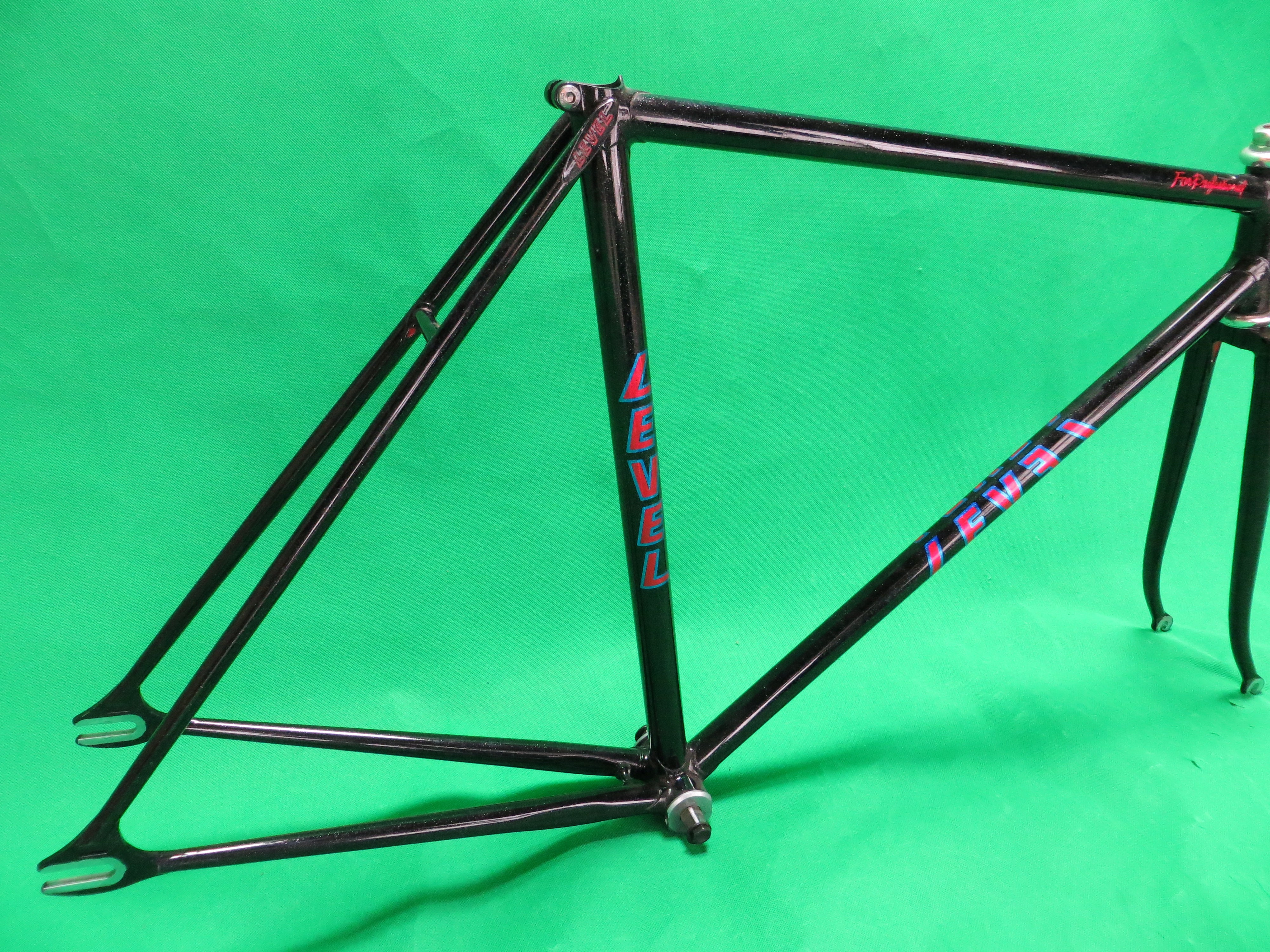 Never Used Medalist Club Cycling Jersey and Pants Japanese L (American M)