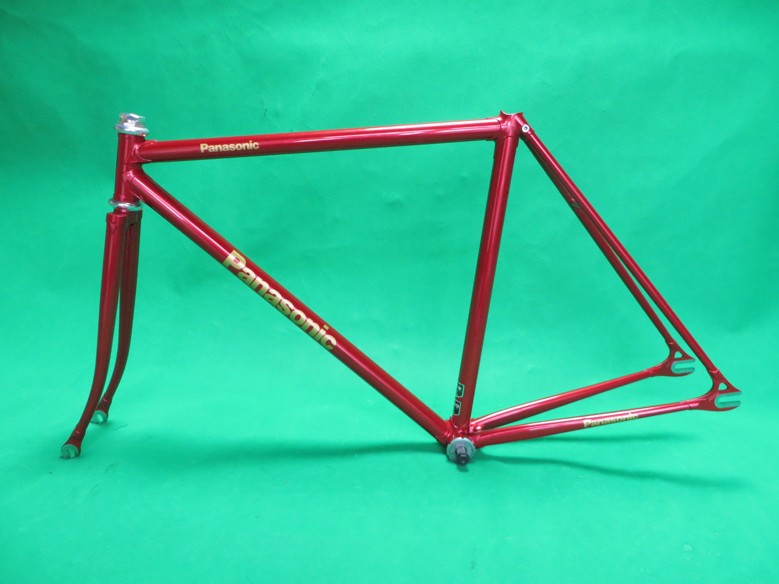 PANASONIC // Red Metallic // Kaisei 4130R 019  // 49.5cm