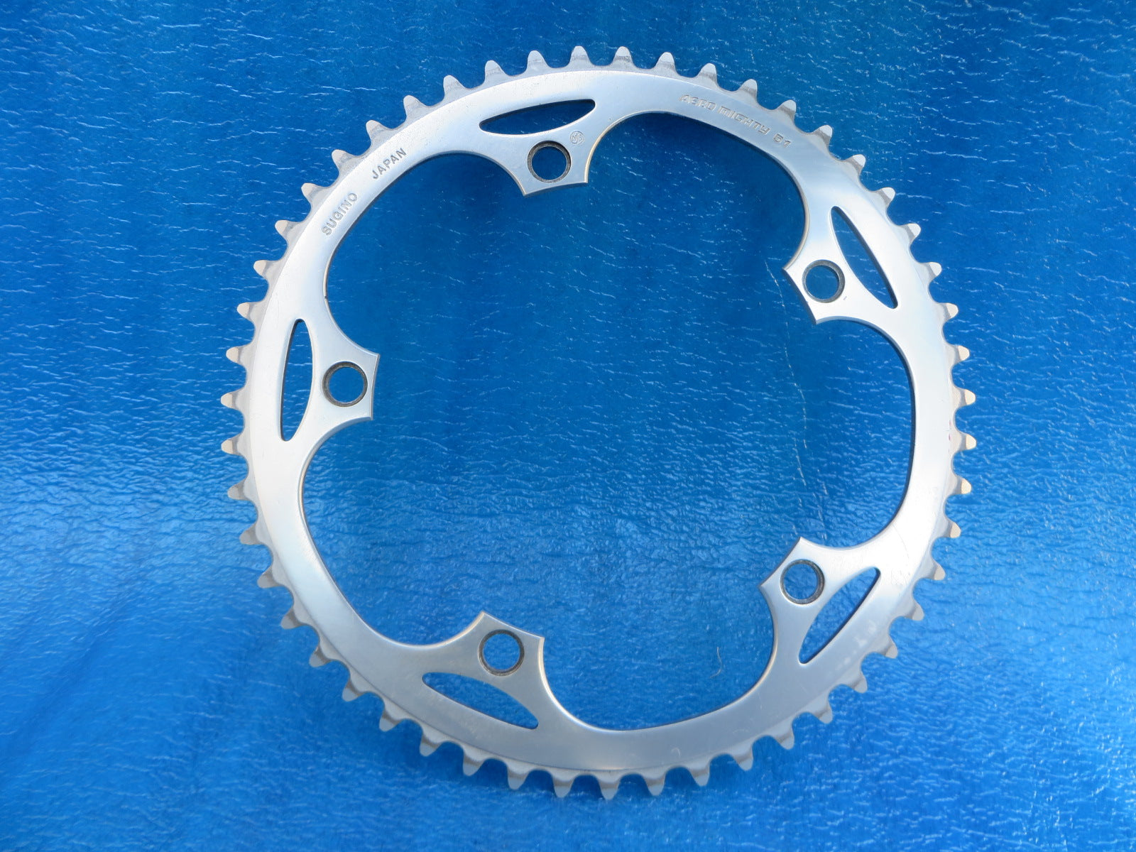 "Sugino Aero Mighty 1/8"" 144BCD NJS Chainring 51T (20011321)"