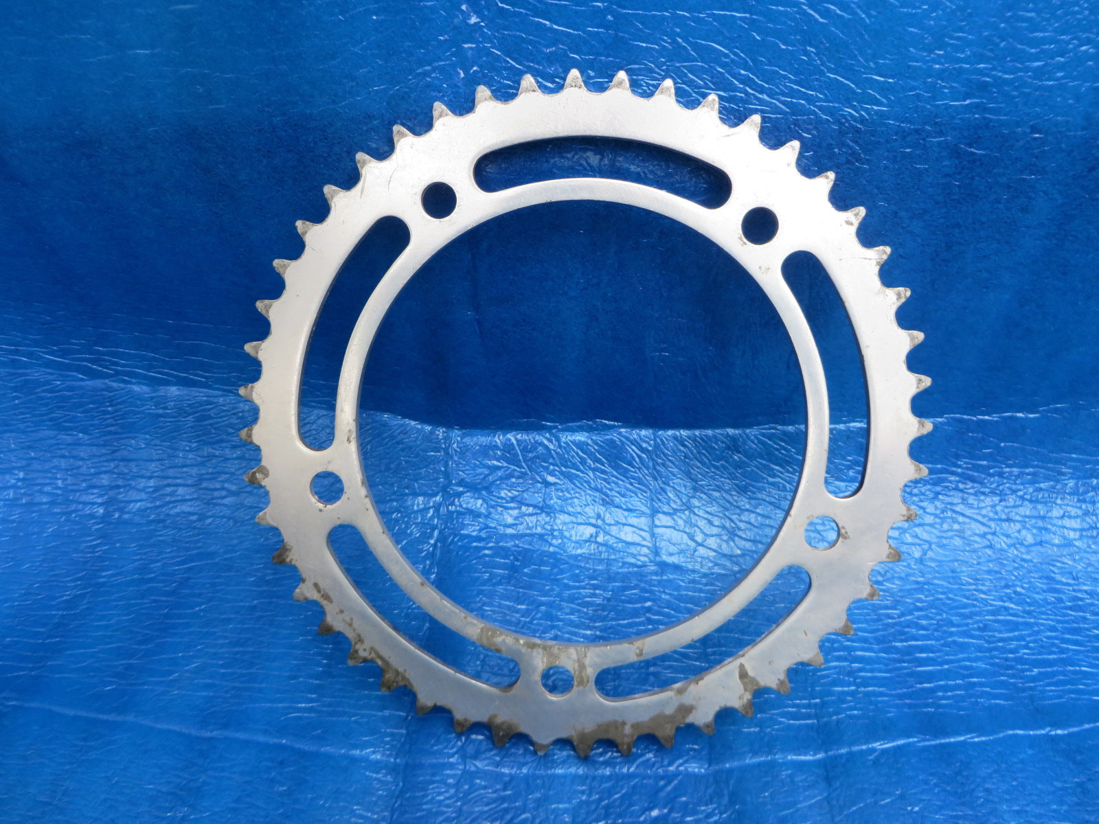 "Sugino Mighty Competition 1/8"" 151BCD BIA Chainring 48T (19051921)"