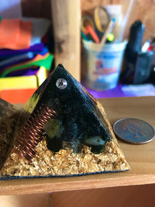 SUPREME PROTECTOR MINI ORGONE, ORGONITE PYRAMID