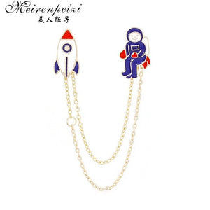 Meirenpeizi Escape from the earth UFO Space Craft Astronaut Rocket Planet Spaceman Universe Stars Hard Enamel Brooches Pin