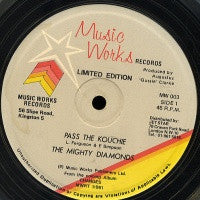 THE MIGHTY DIAMONDS - Pass The Kouchie / Kouchie Burn