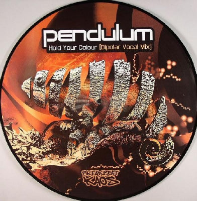 PENDULUM - Hold Your Colour (Bipolar Vocal Mix) / Streamline