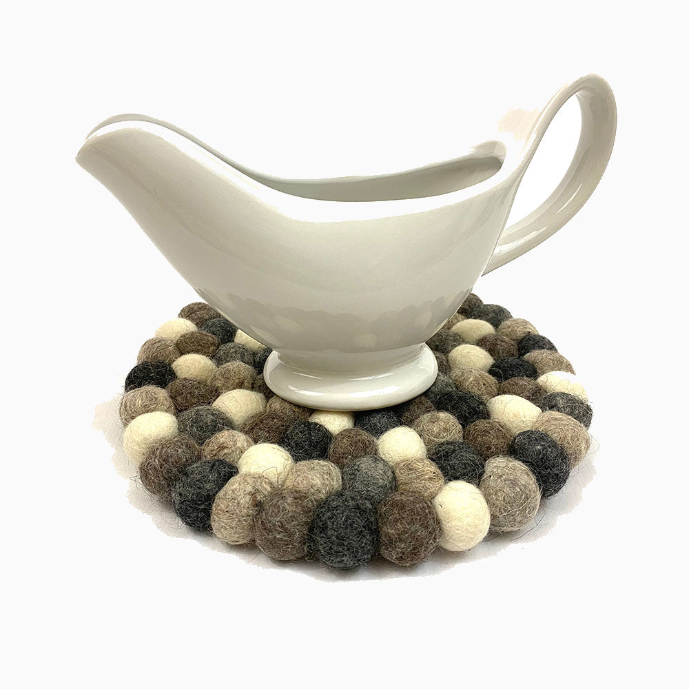 Neutral Felt Ball Trivet