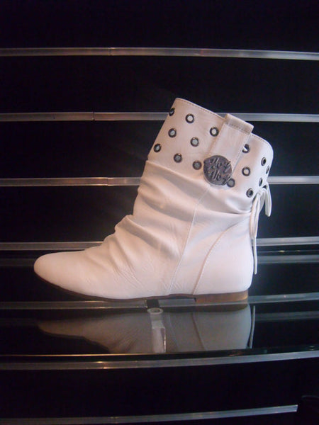Ladies Designer Fashion Boots by Hoyvoy 2mm Flat Heel with Stud Design Top in White