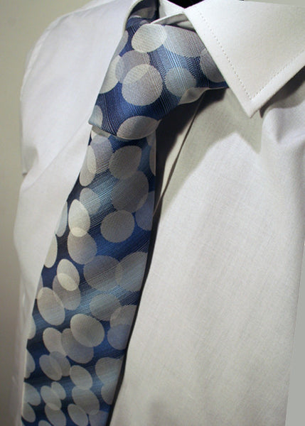 Mens Designer Fashion Tie Kensington by Daniel Christian in Blue Bubble Style Pattern