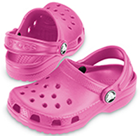 Original Crocs Cayman in Fuchsia with FREE Jibbitz Charms