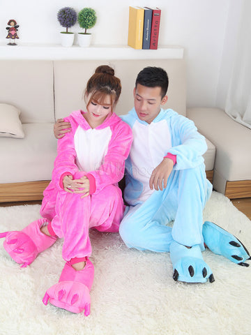 Kigurumi chat en couple qui sont assis.