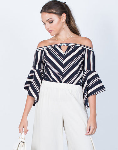 70's Vibes Striped Top