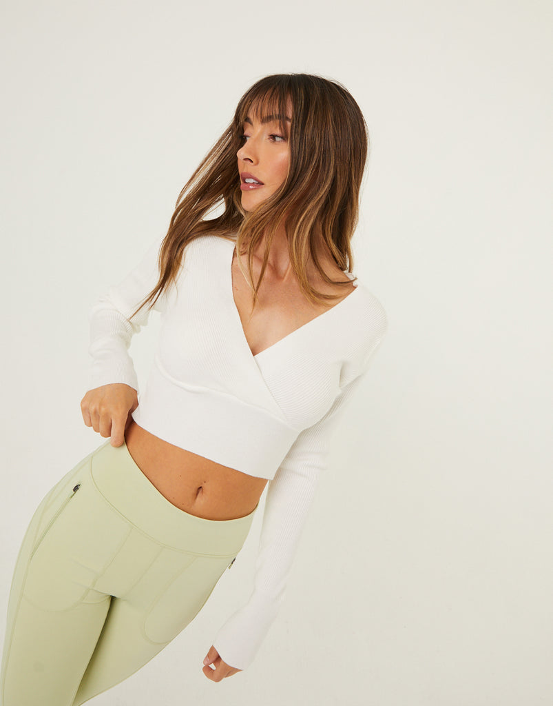 V-Neck Sweater Top Tops White S/M -2020AVE
