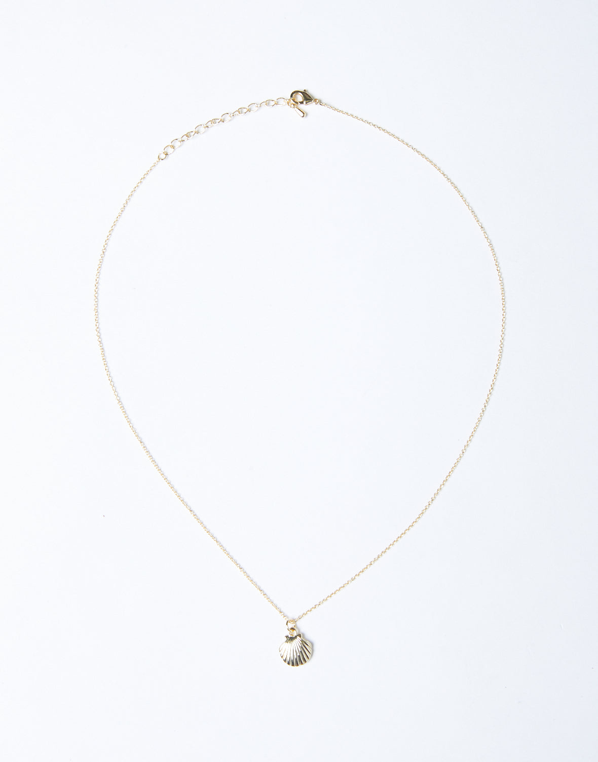 Dainty Shell Necklace