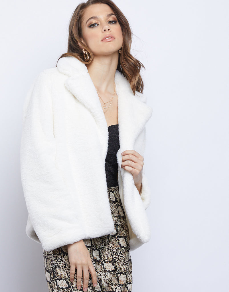 Frosty Faux Fur Jacket Outerwear White S/M -2020AVE