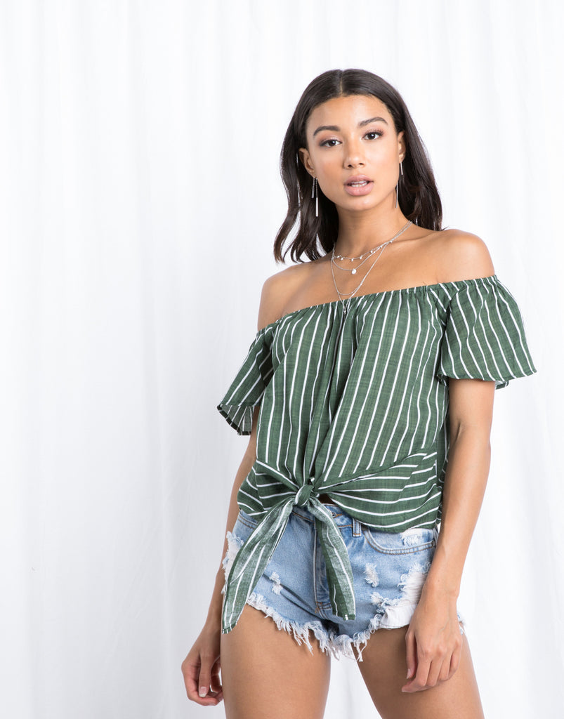 In Line Knotted Top Tops Green Small -2020AVE