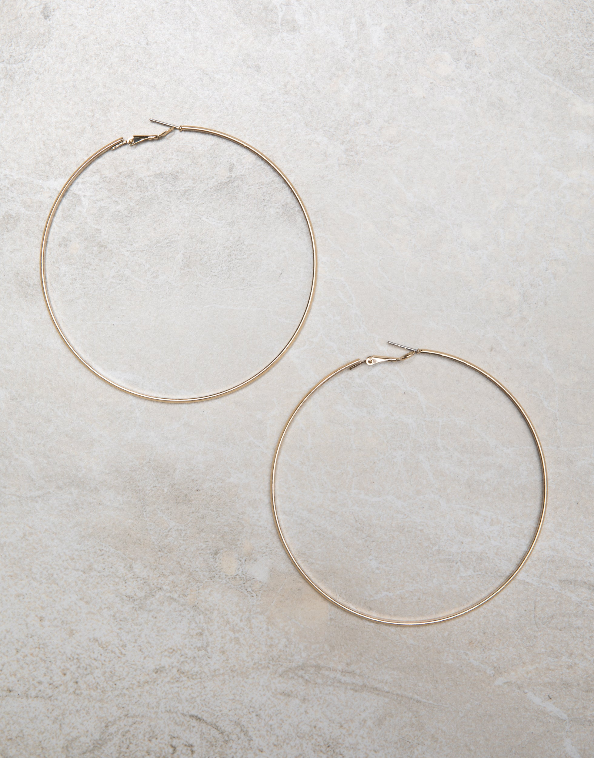 Ariana Hoop Earrings