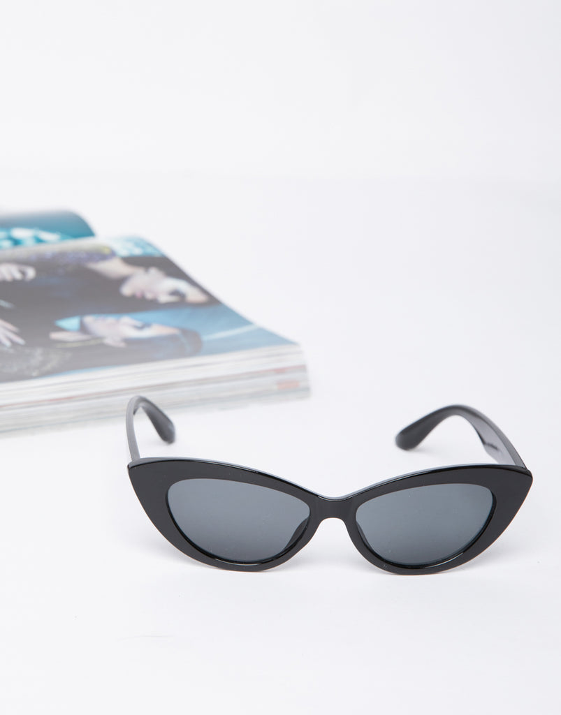 Off-duty Cat Eye Sunnies Accessories -2020AVE