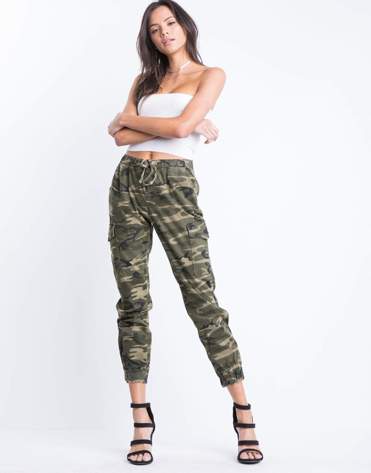 On The Frontlines Camo Pants 2020ave