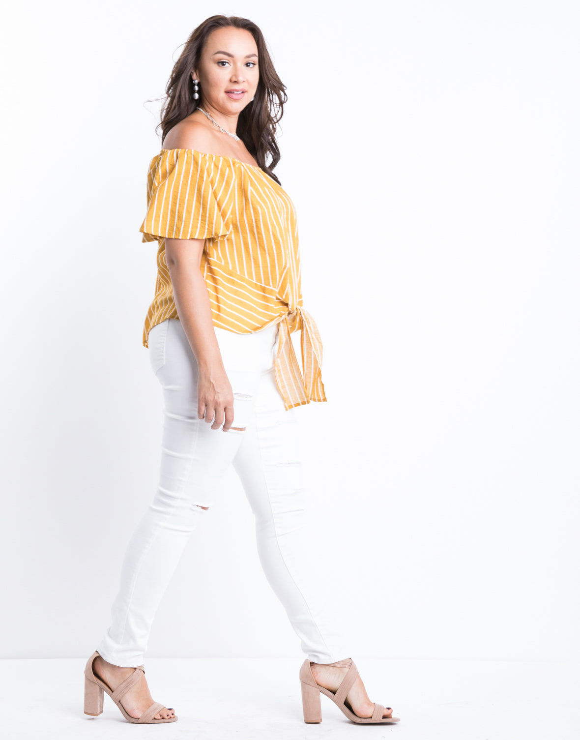 Plus Size In Line Knotted Top