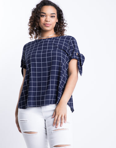 Plus Size Knotted Windowpane Top