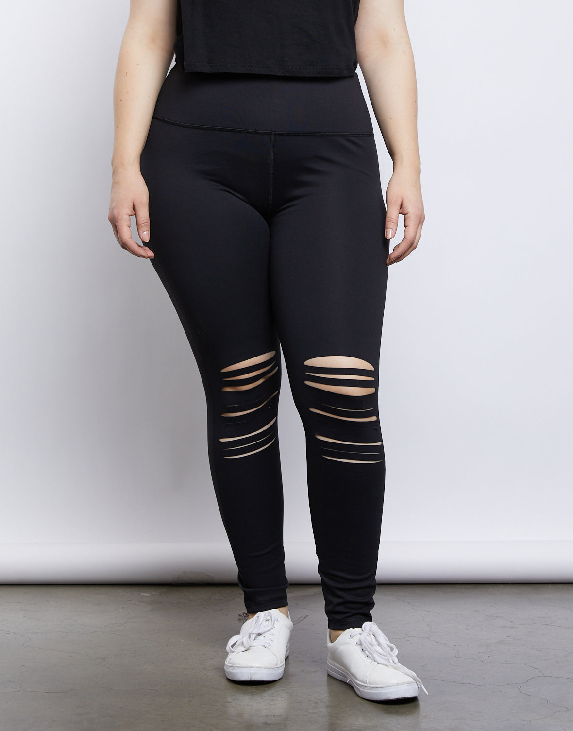 Plus Size On The Go Ripped Leggings