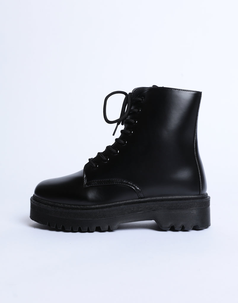 Raven Platform Combat Boots Shoes Black 6 -2020AVE