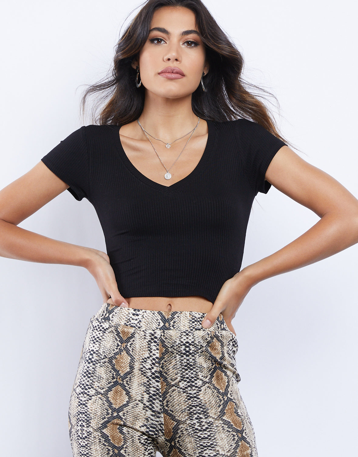Simple V-neck Crop Top