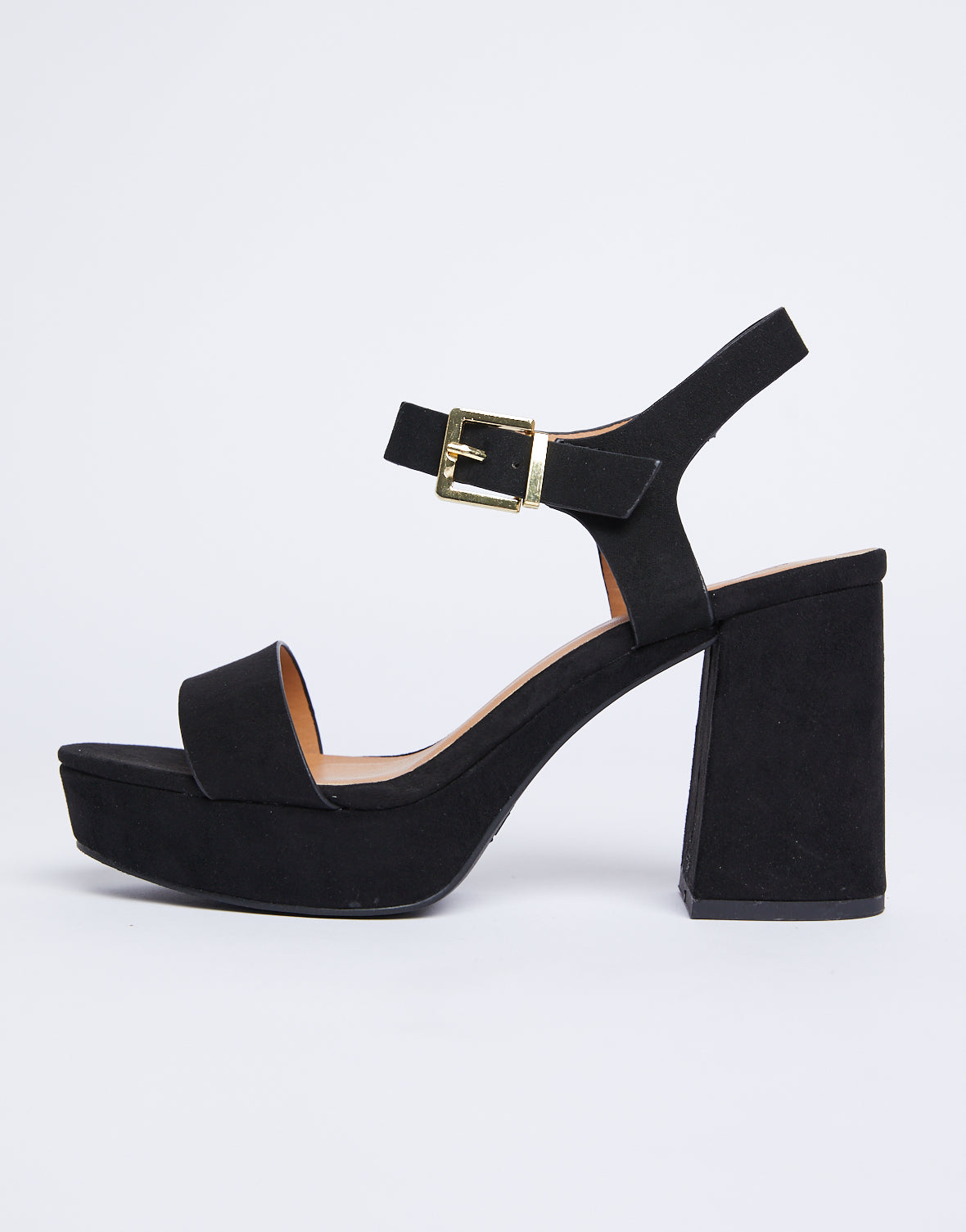 The All Black Chunky Heel