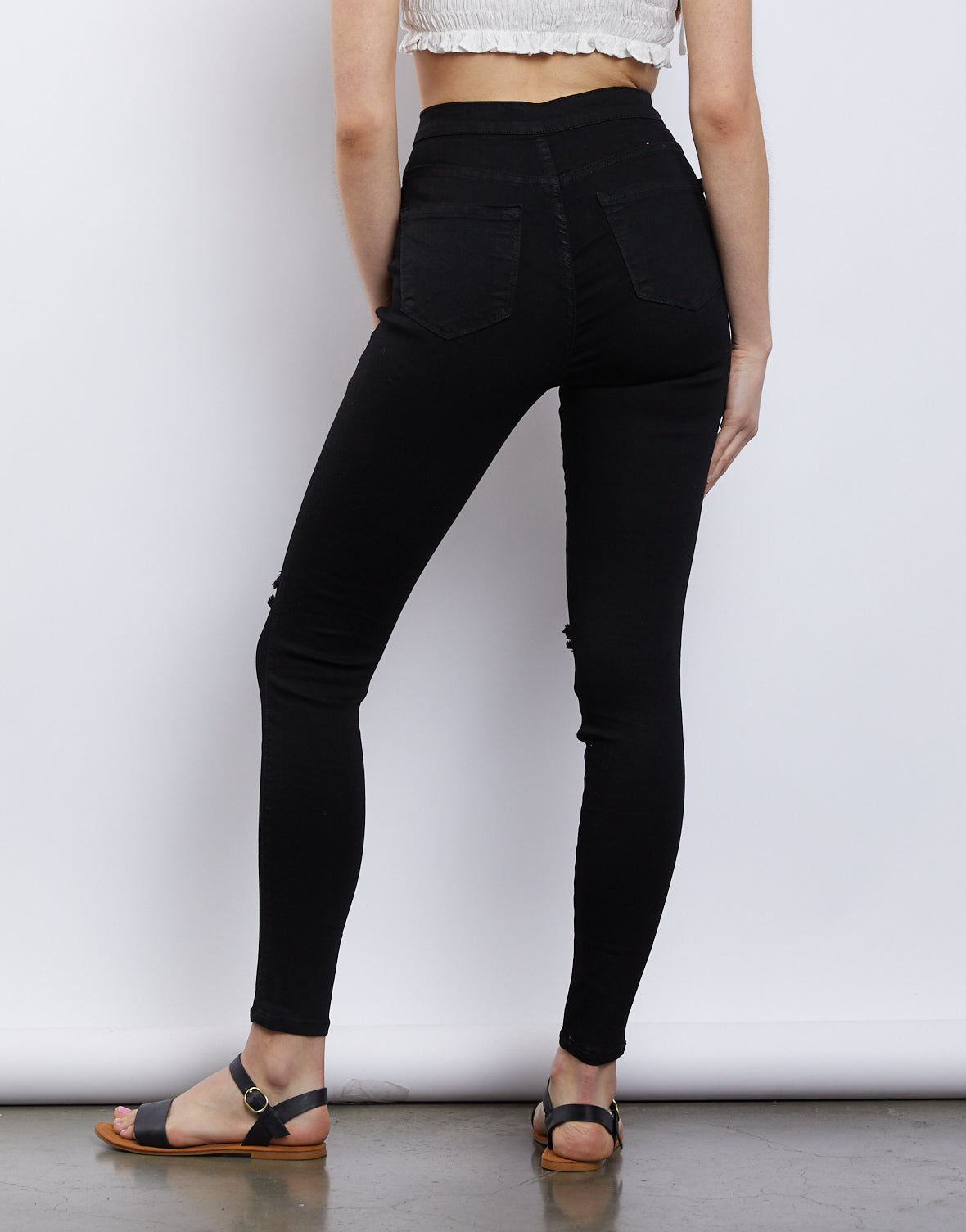 The Ultimate Black Skinny Jeans
