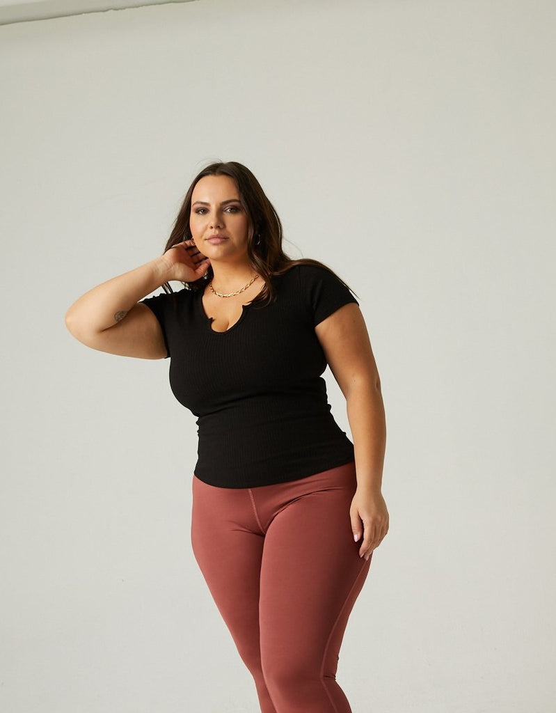 Curve V-Cut Ribbed Tee Plus Size Tops -2020AVE