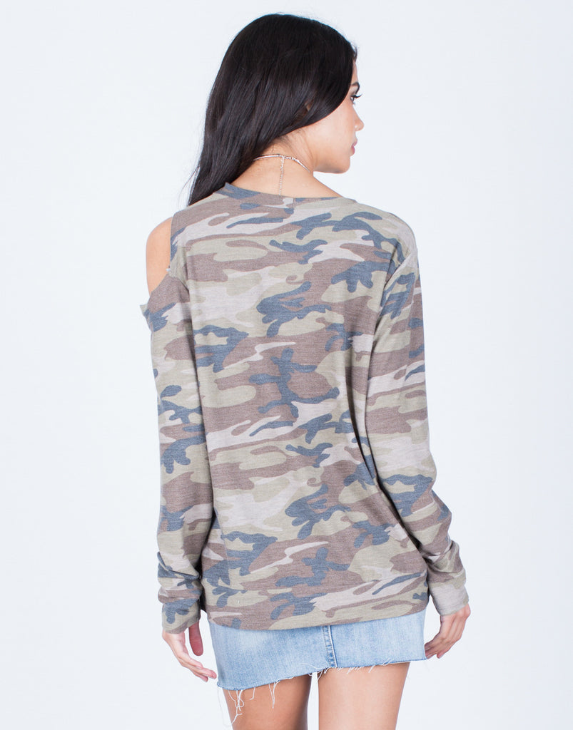 Back View of Army Cut Out Top