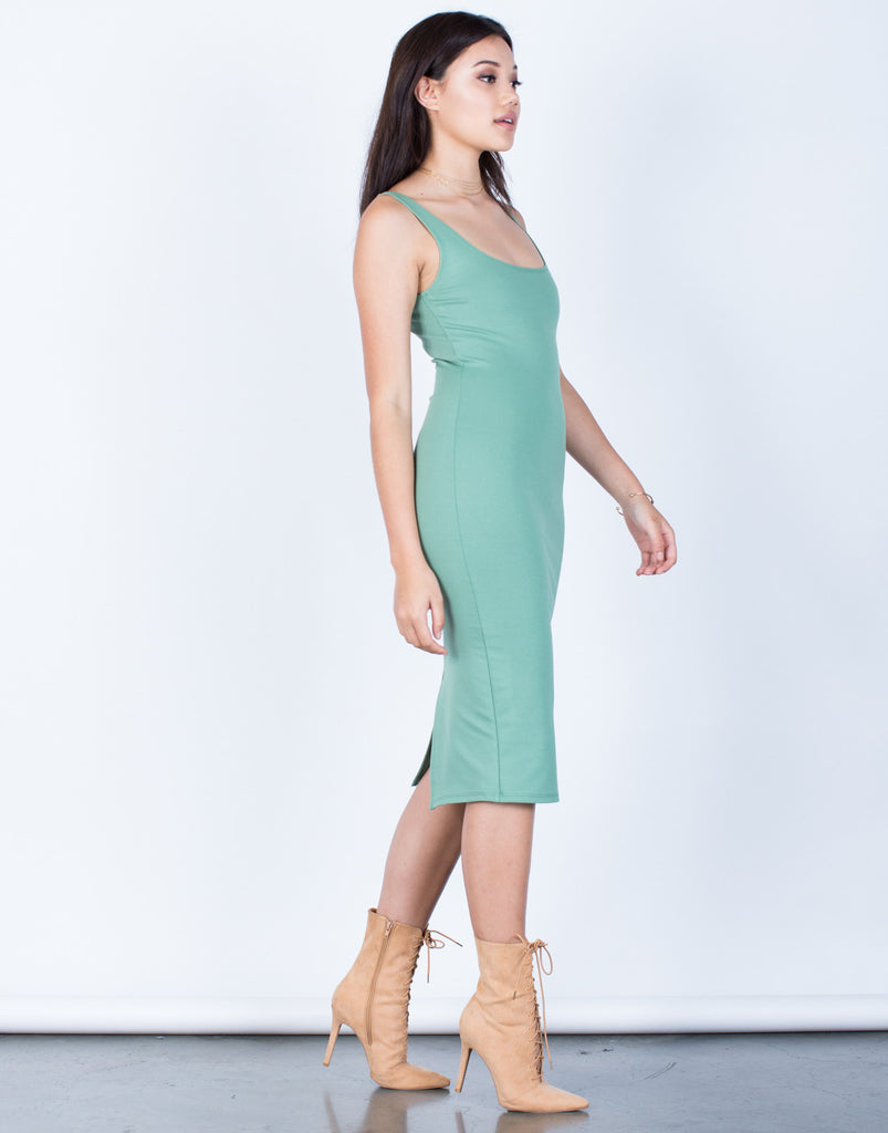 Side View of Back Slit Bodycon Dress