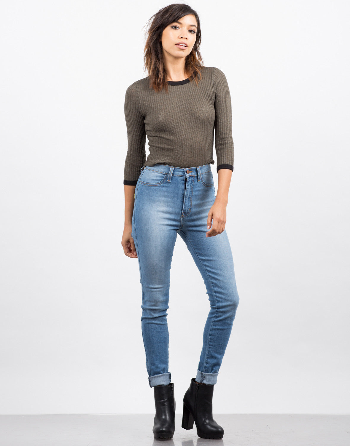 Skinny Jeans Out