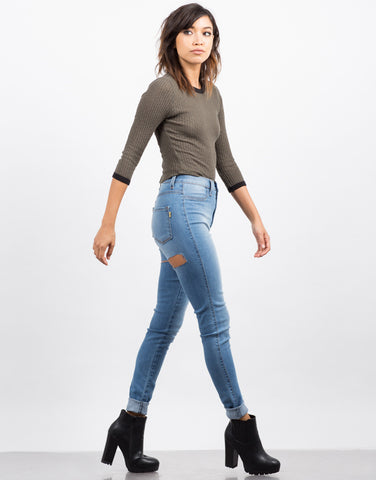Side View of Back Slit Skinny Jeans
