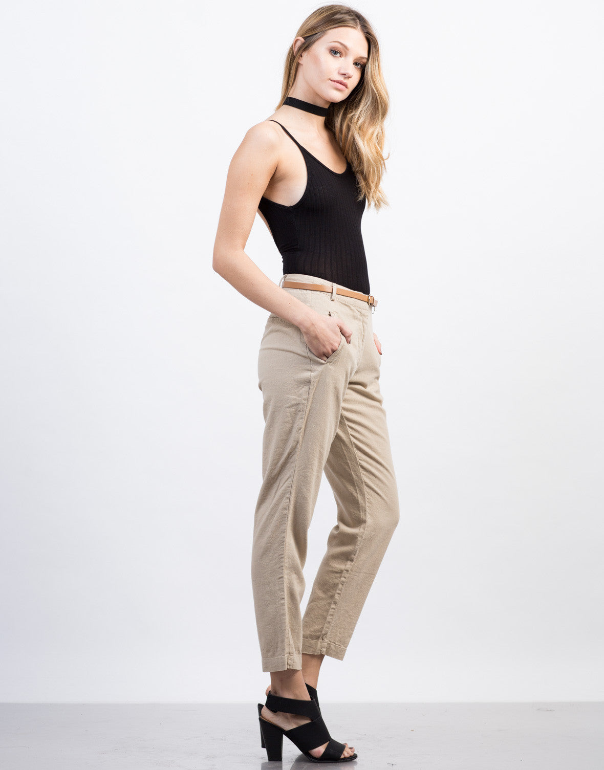 Side View of Belted Linen Pants