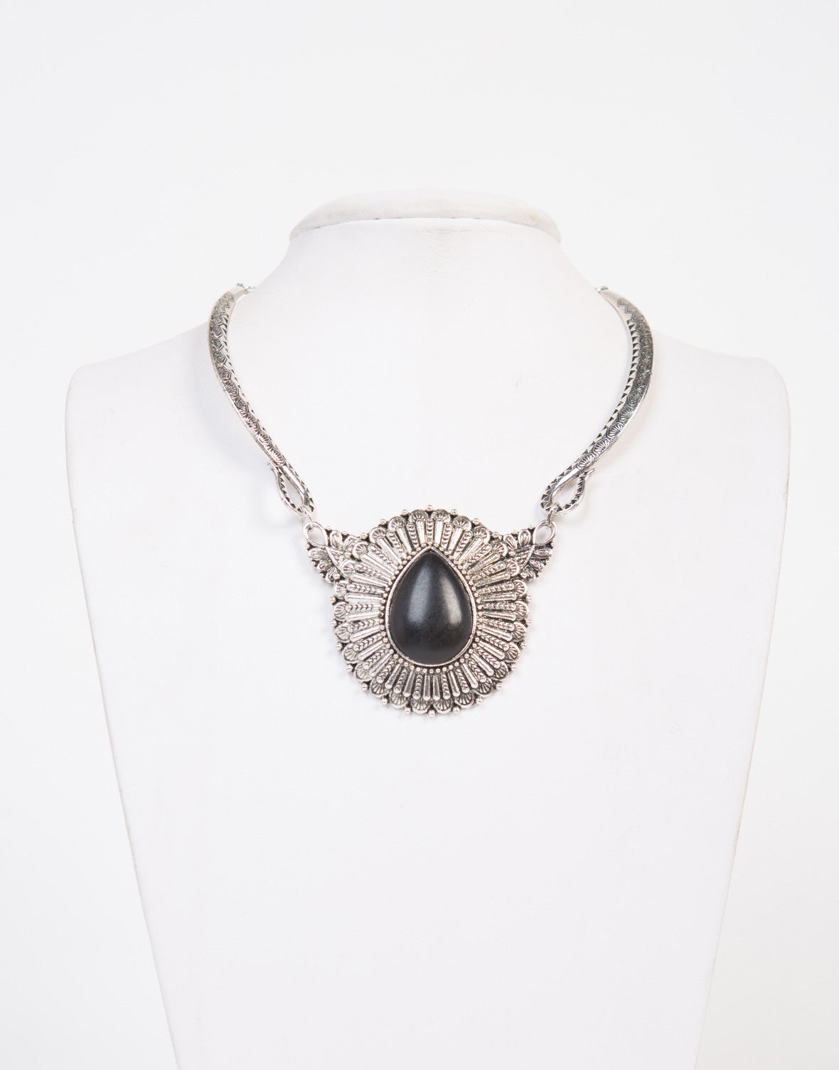 Black Stoned Statement Necklace