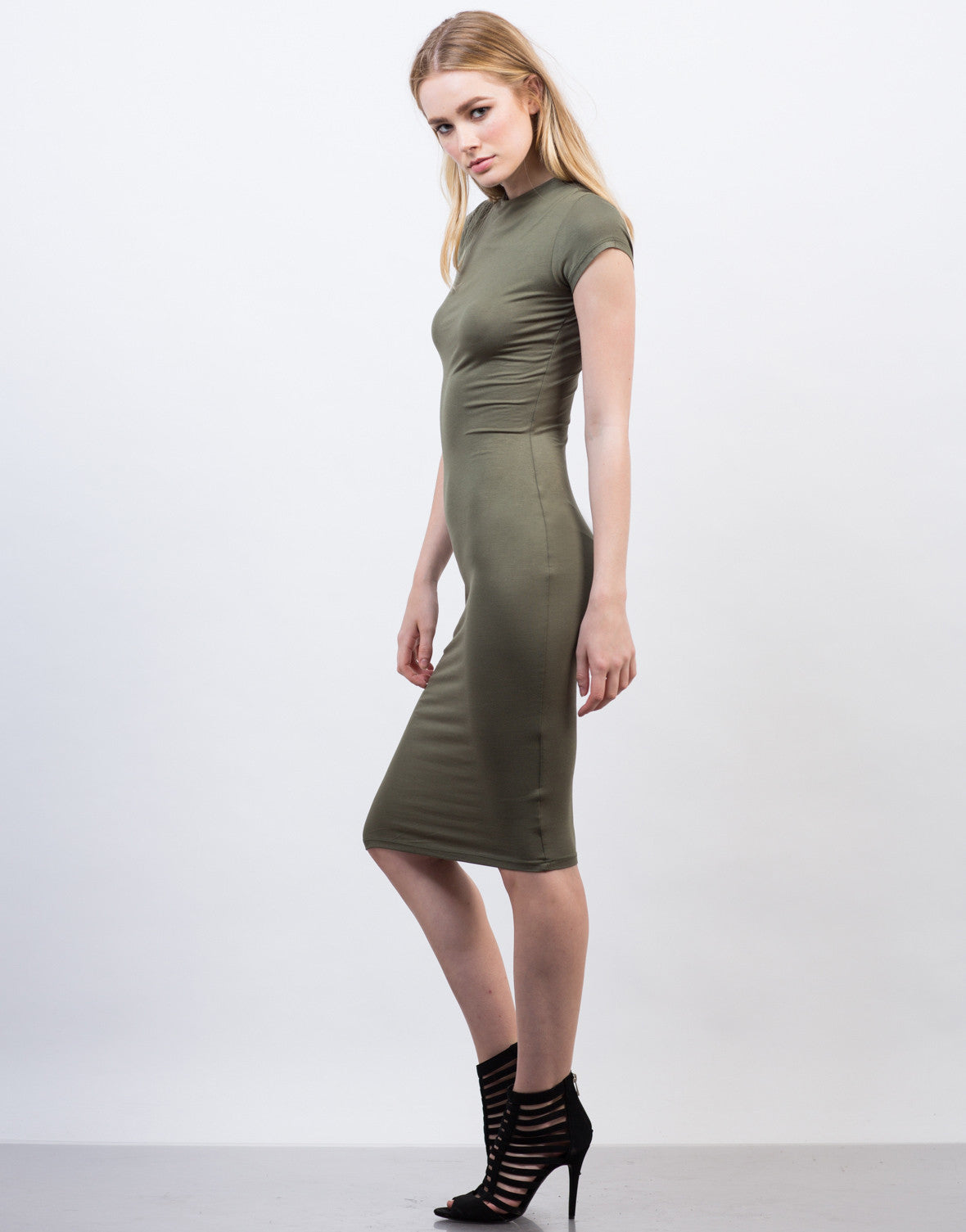 Side View of Bodycon Tee Midi Dress