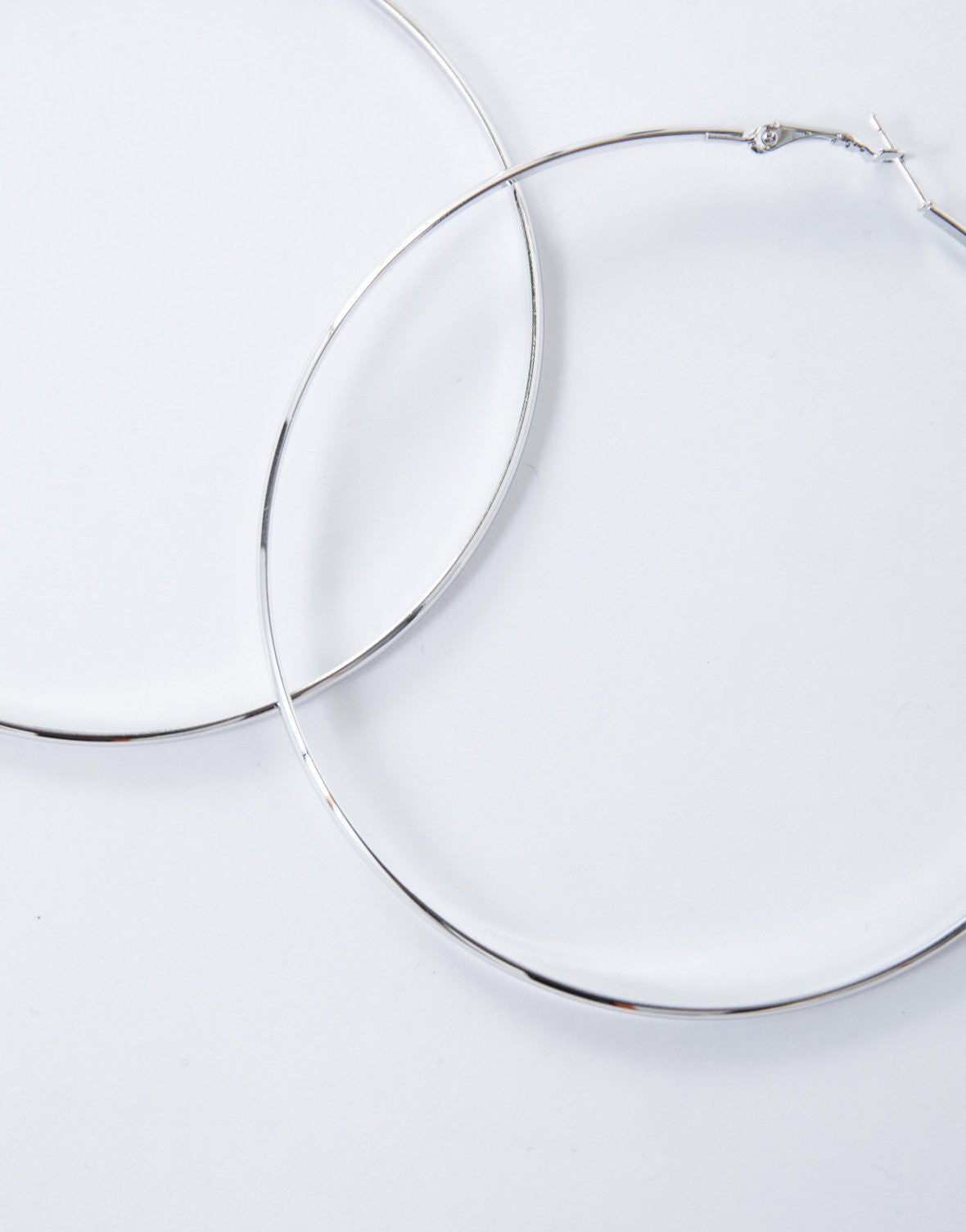Silver Bold Large Hoops - Detail