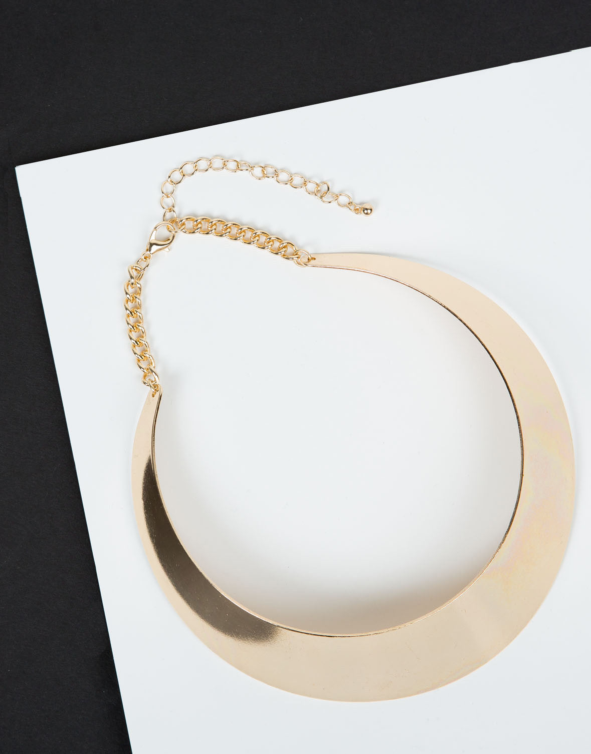 Front View of Bold and Gold Collar Necklace