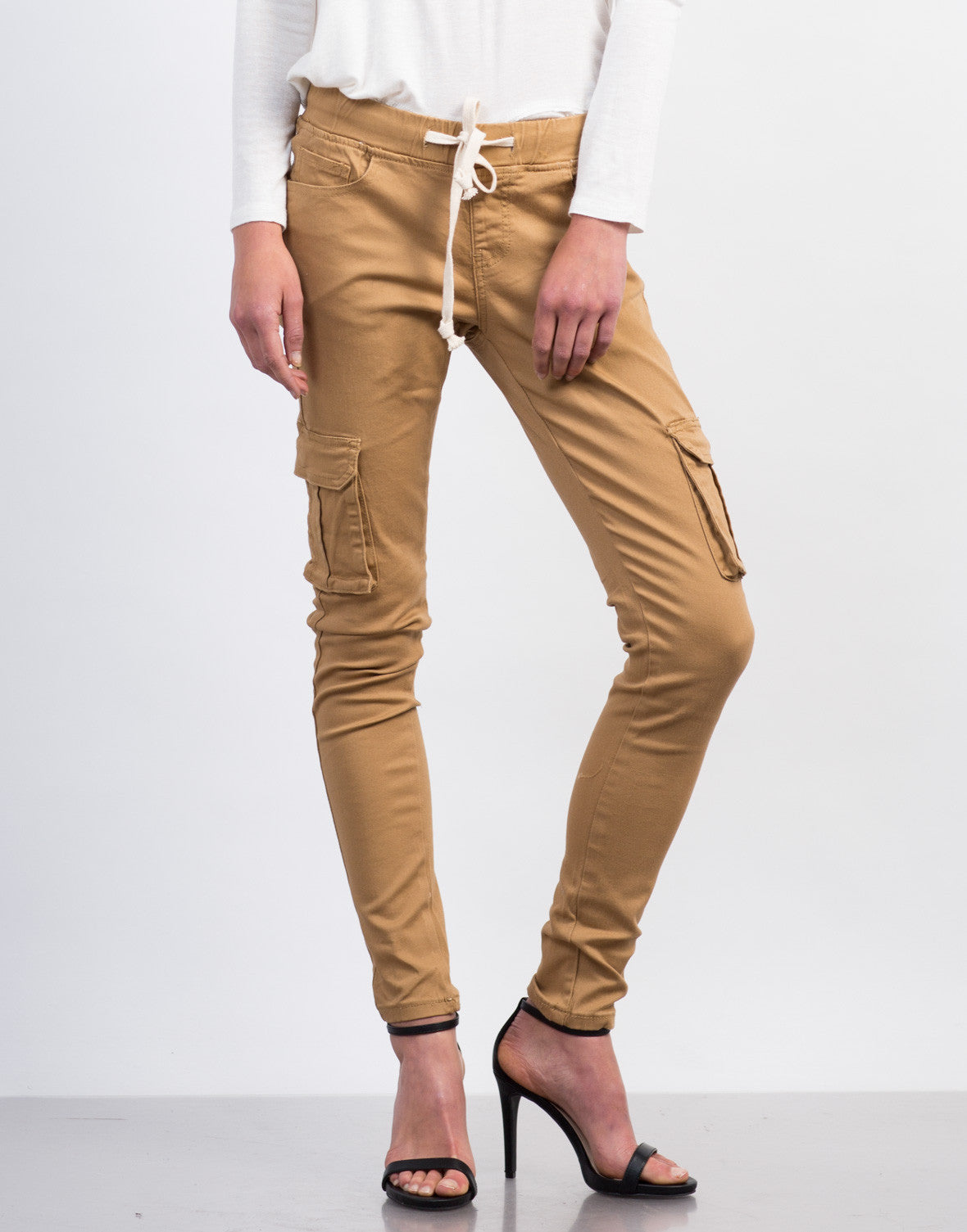 Front View of Cargo Skinny Pants