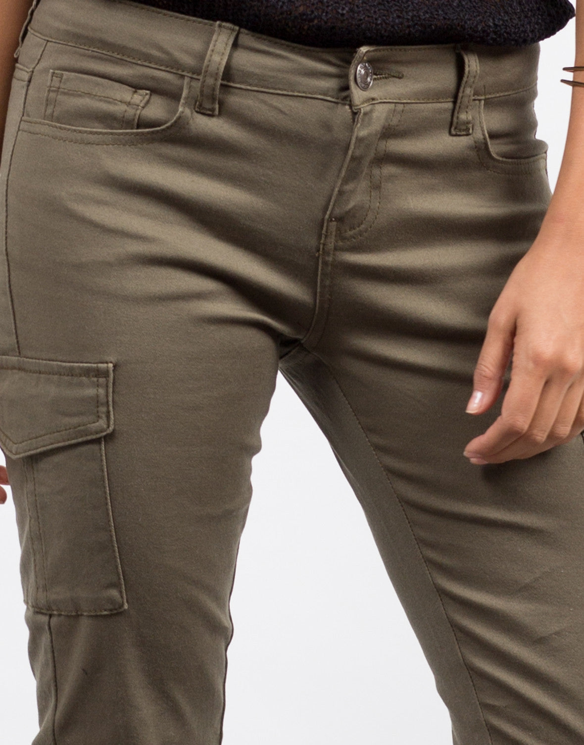 Detail of Cargo Pocket Skinny Denim Pants