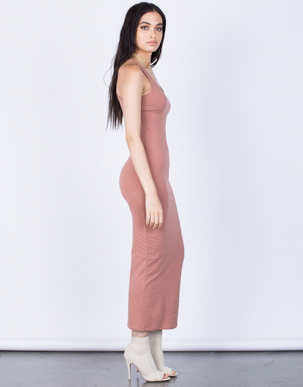 Side View of Casual Days Dress