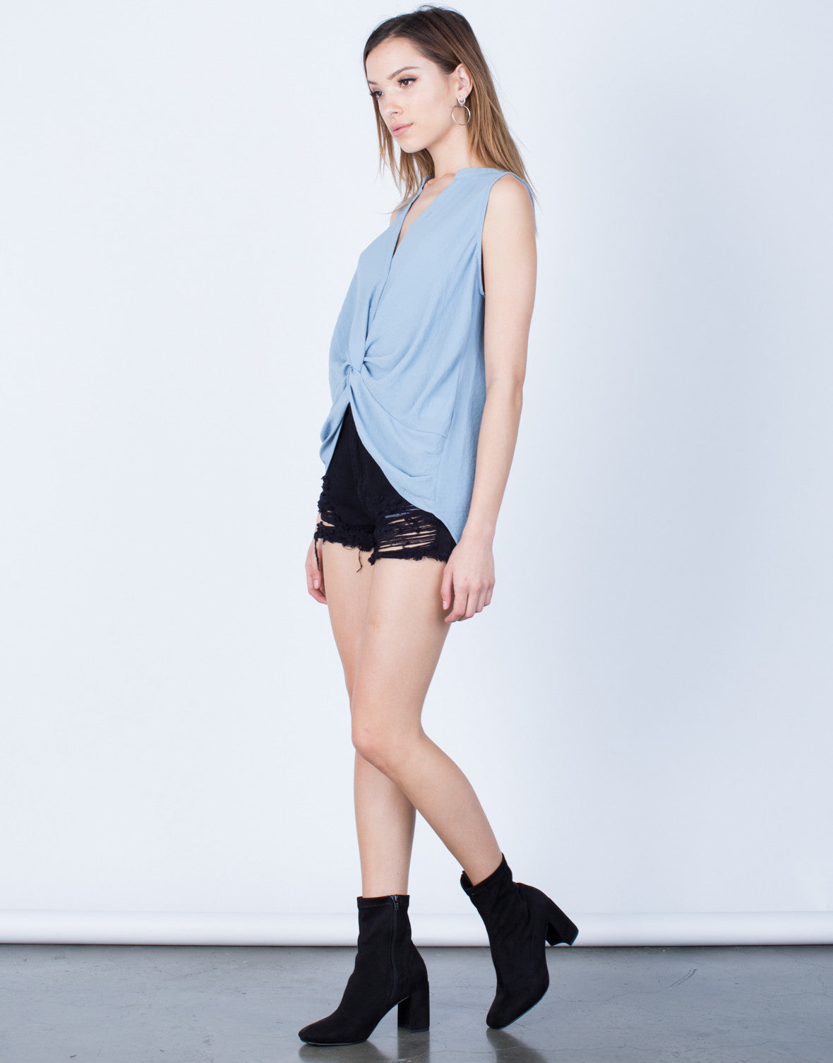 Side View of Chiffon Knotted Tank