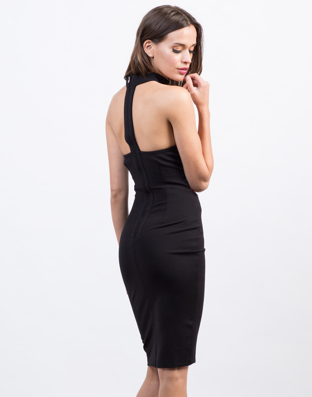 Back View of Choker Banded Dress