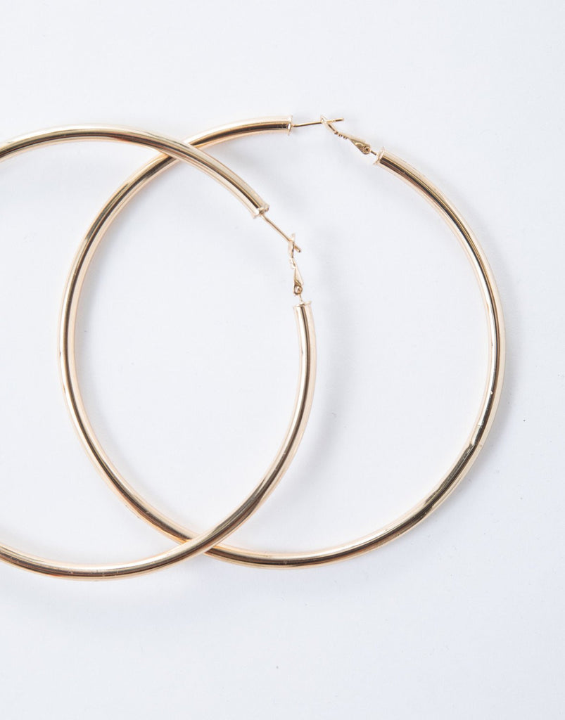 Gold Chunky Oversized Hoops - Detail