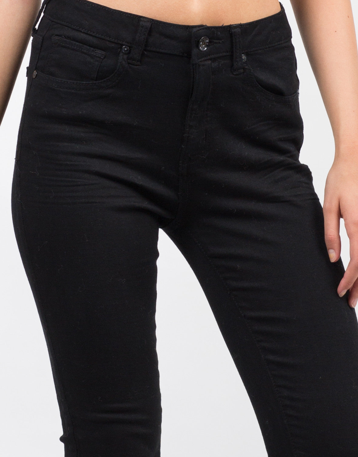 Detail of Classic Black Skinny Jeans