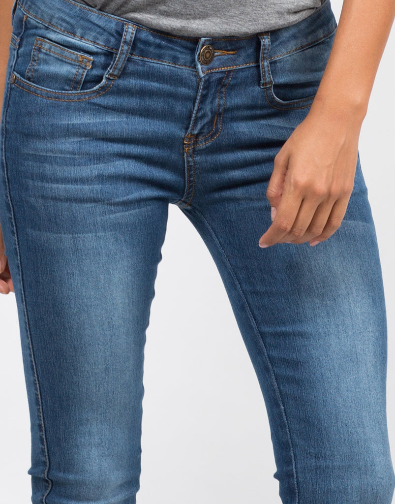 Detail of Classic Blue Skinny Jeans