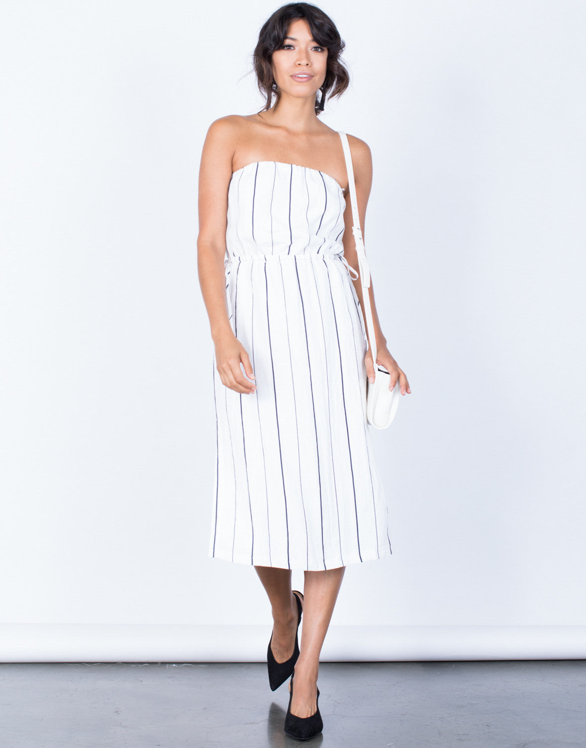 10 Kitchen And Home Decor Items Every 20 Something Needs: Clean Lines Striped Dress