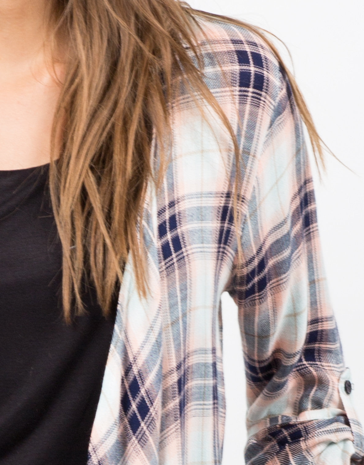 Detail of Collar Plaid Drapey Cardigan